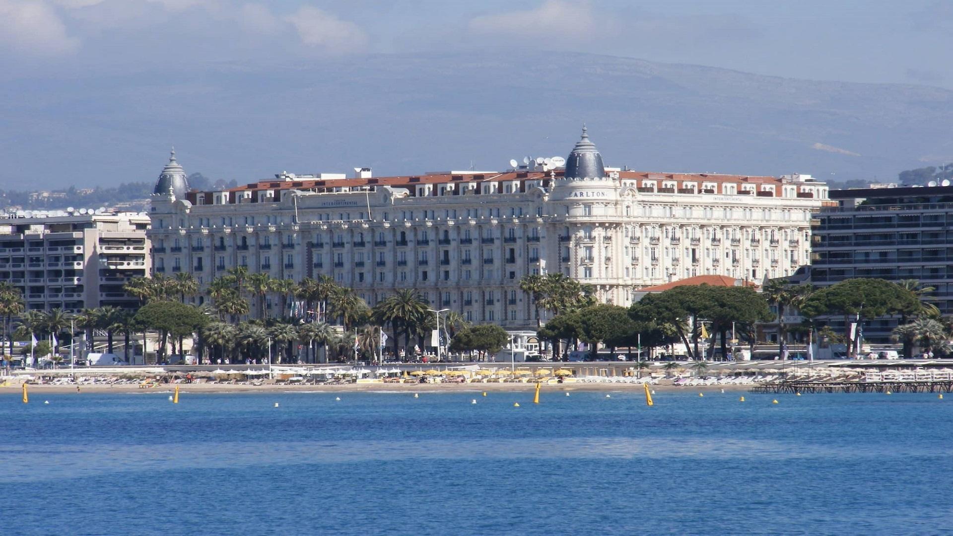 Carlton-Cannes-French-Riviera-cote-dazur-Croisette