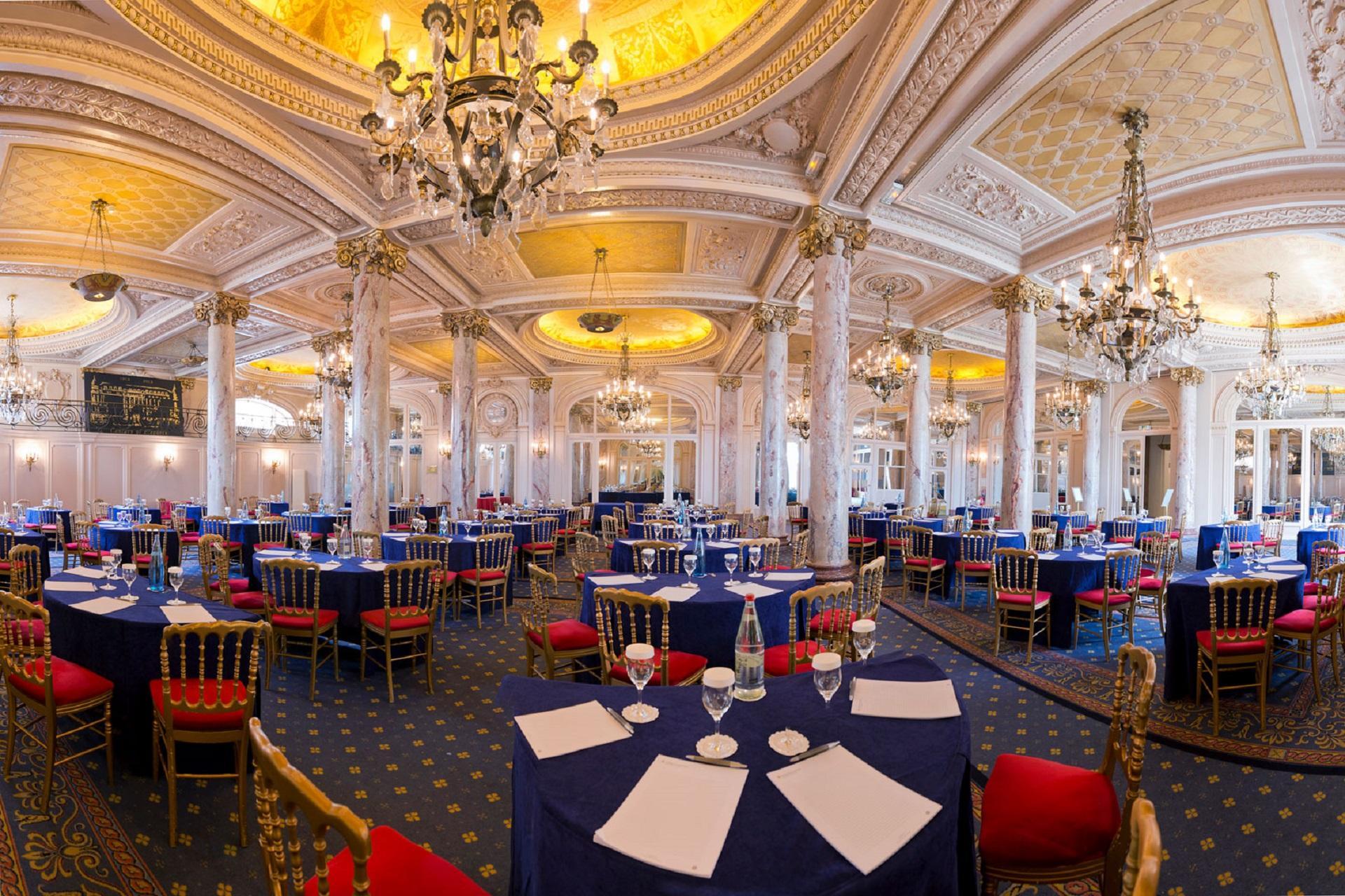Carlton-Cannes-French-Riviera-cote-dazur-Croisette-meeting