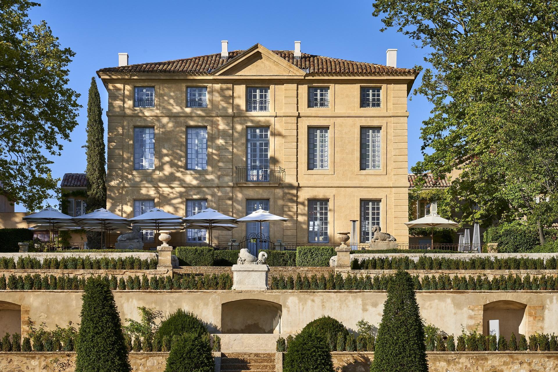 Chateau-de-la-Gaude-aix-en-provence-facade