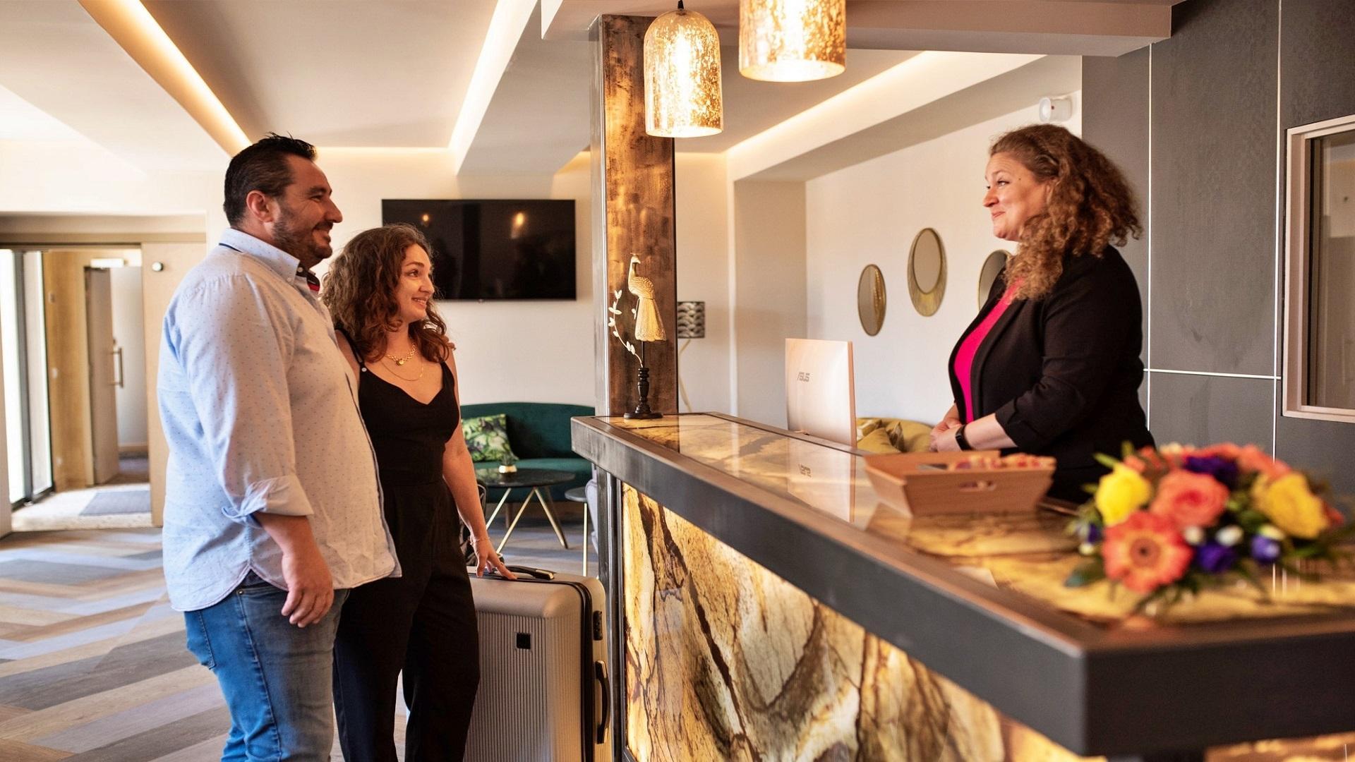 Hotel 1770-avignon-provence-sud-france-lobby-seminaires-de-caractere