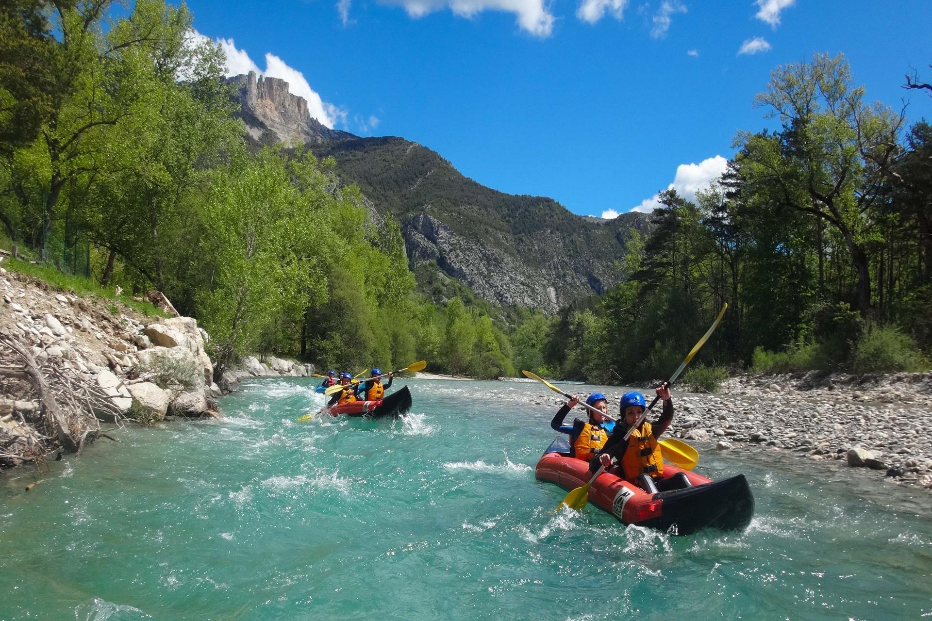 Gorges-du-Verdon-La-Palud-canoe-rafting