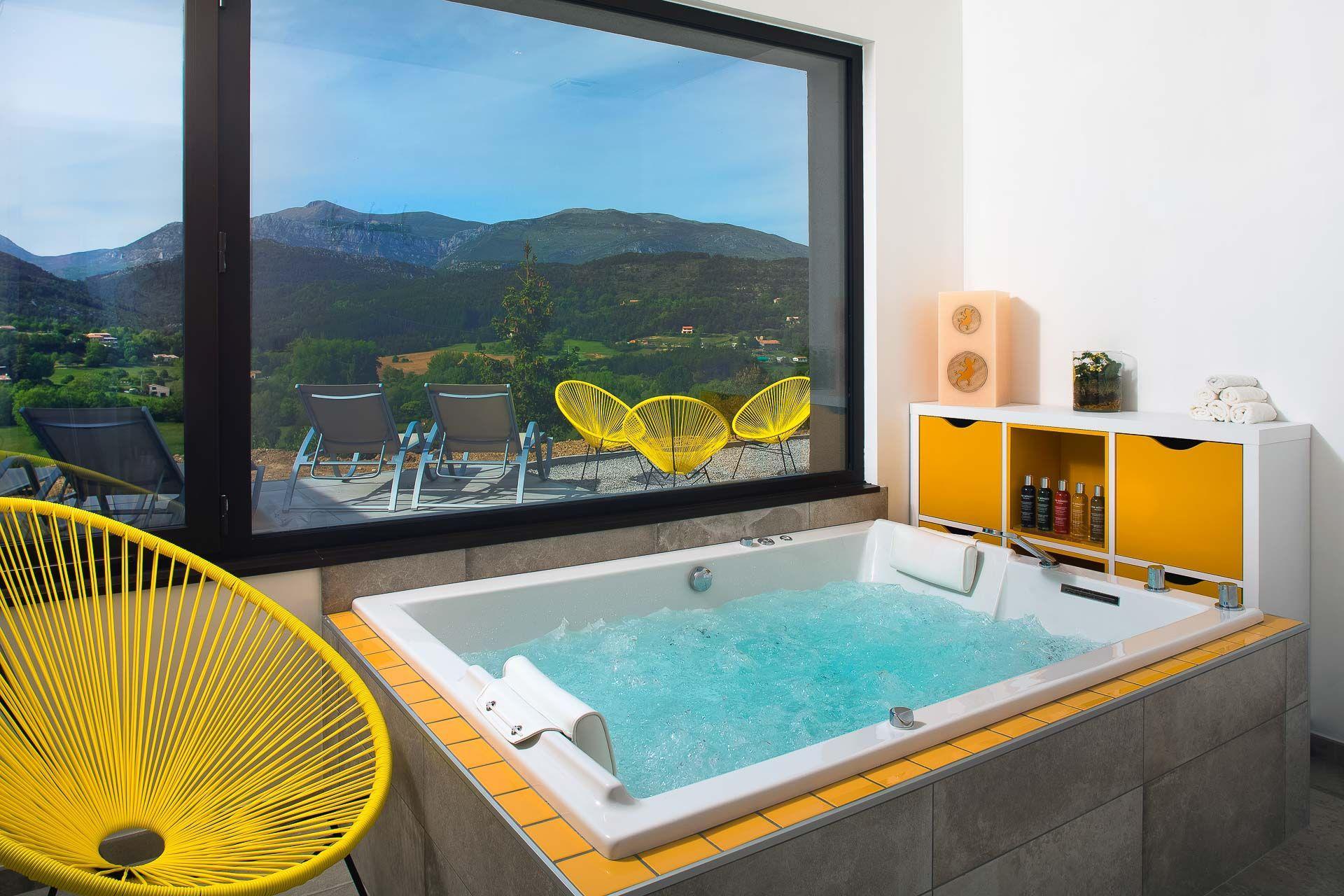 Hotel-et-Spa-des-Gorges-du-Verdon-La-Palud-spa