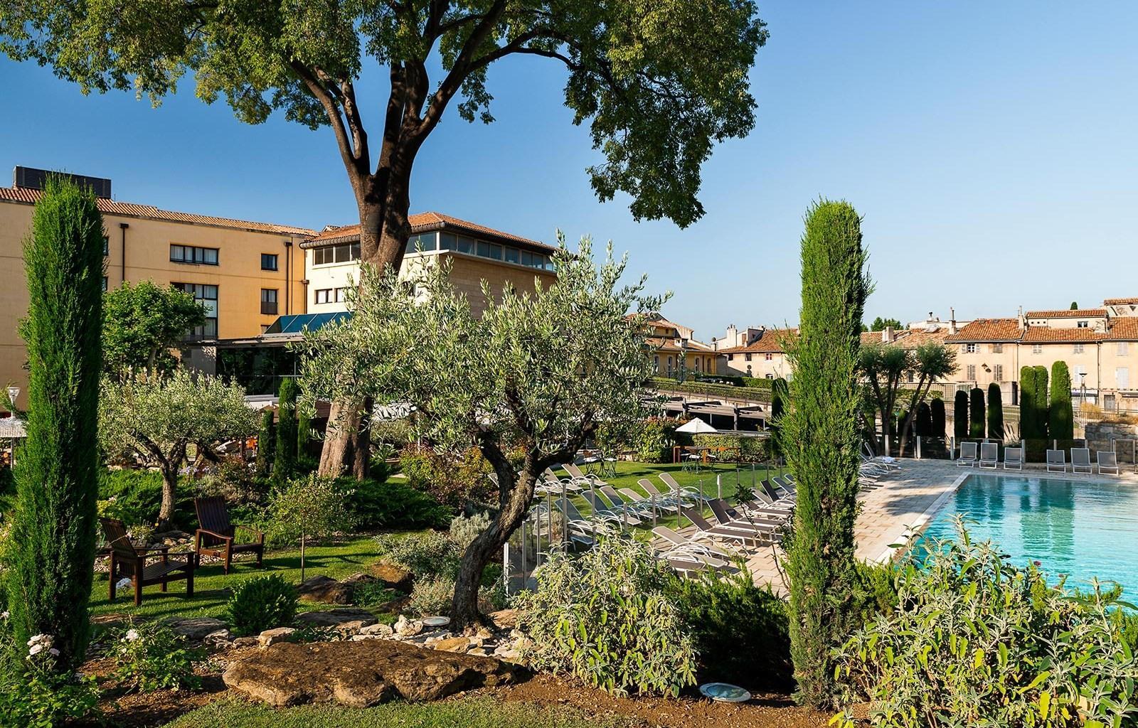 aquabella-et-spa-aix-en-provence-seminaires-de-caractere-jardins