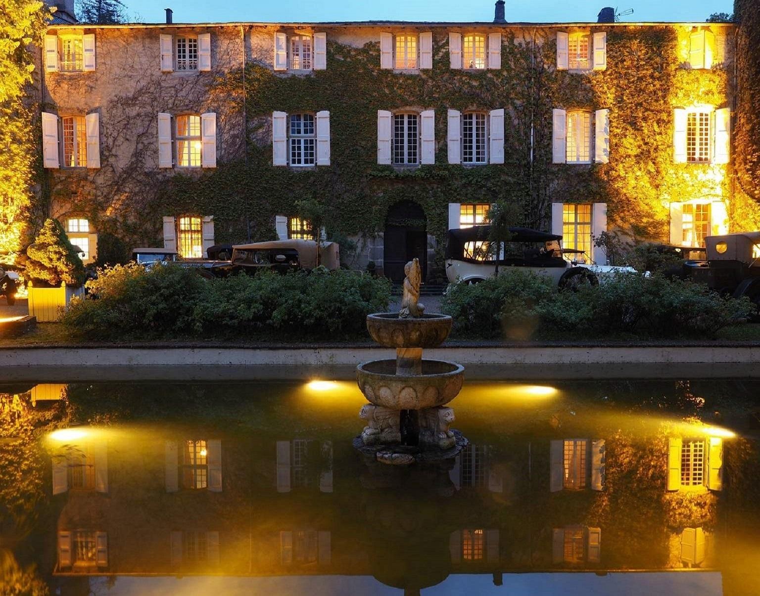 chateau-des-ayres-losere-ocitanie-night