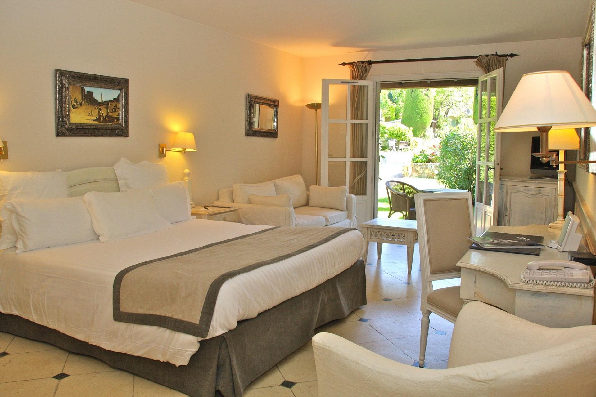 hotel-de-mougins-cote-dazur-cannes-chambre-seminaires-de-caractere