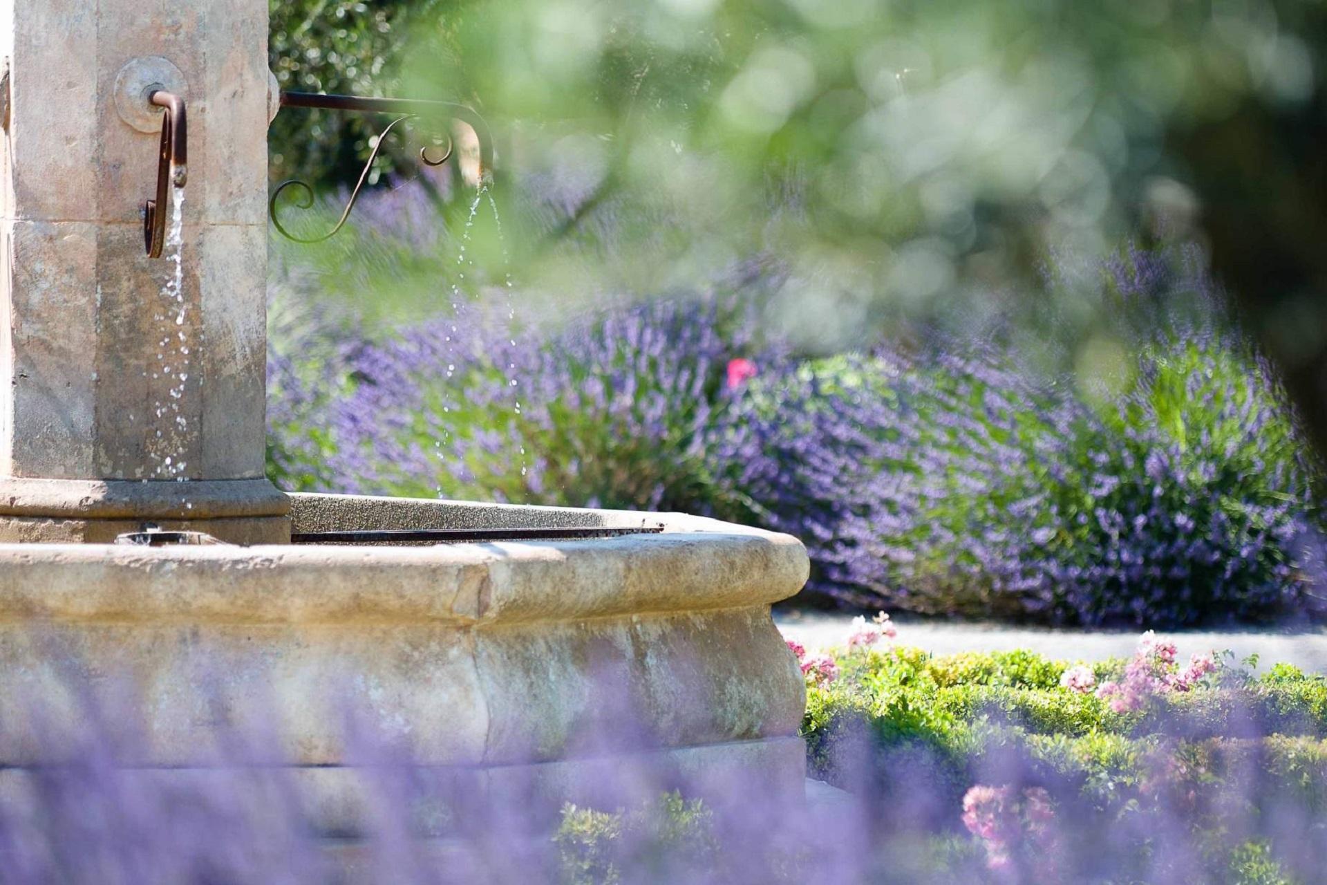 hotel-et-spa-du-castellet-provence-var-fontaine