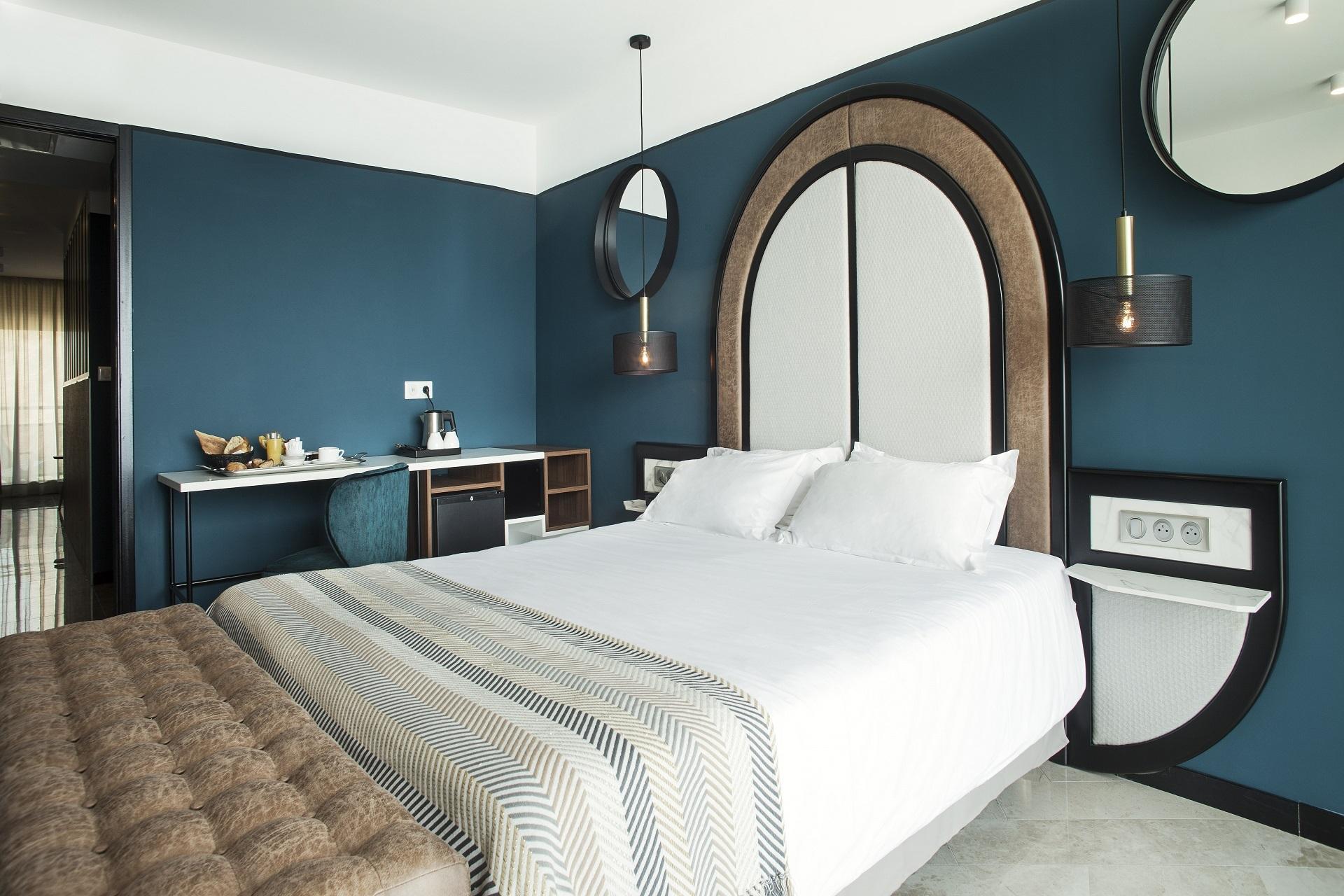 hotel-la-pietra corse-ile-rousse-chambre-seminaires-de-caractere