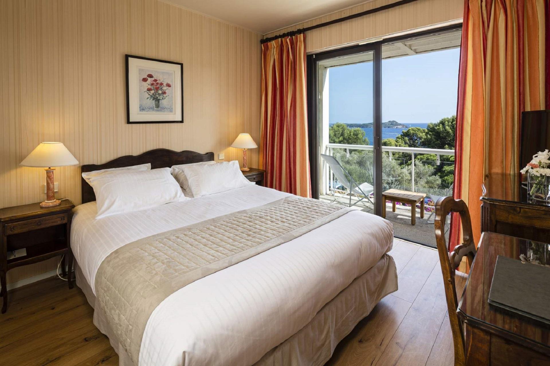 hotel-le-provencal-hyeres-toulon-chambre-seminaires-de-caractere