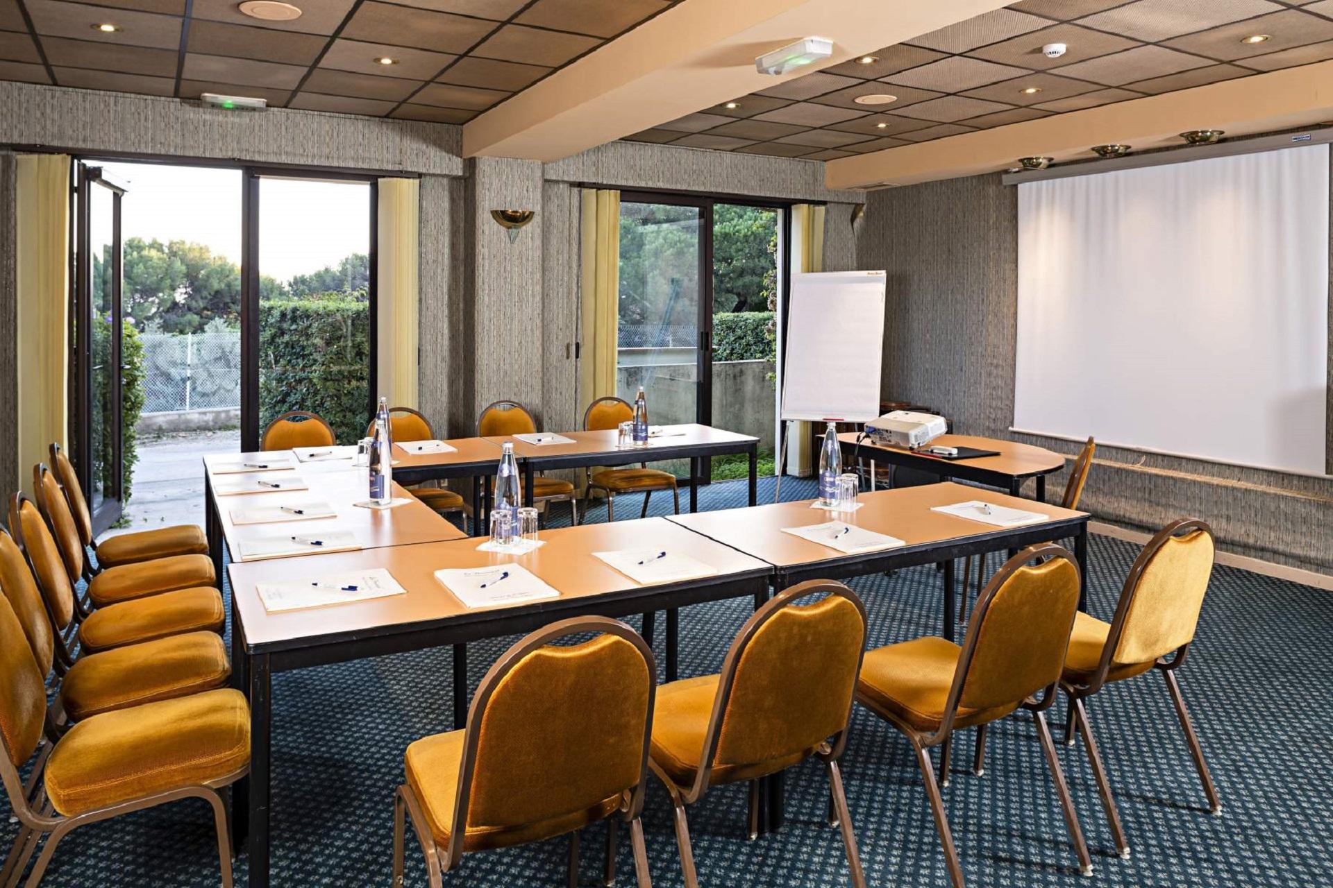 hotel-le-provencal-hyeres-toulon-reunions-seminaires-de-caractere