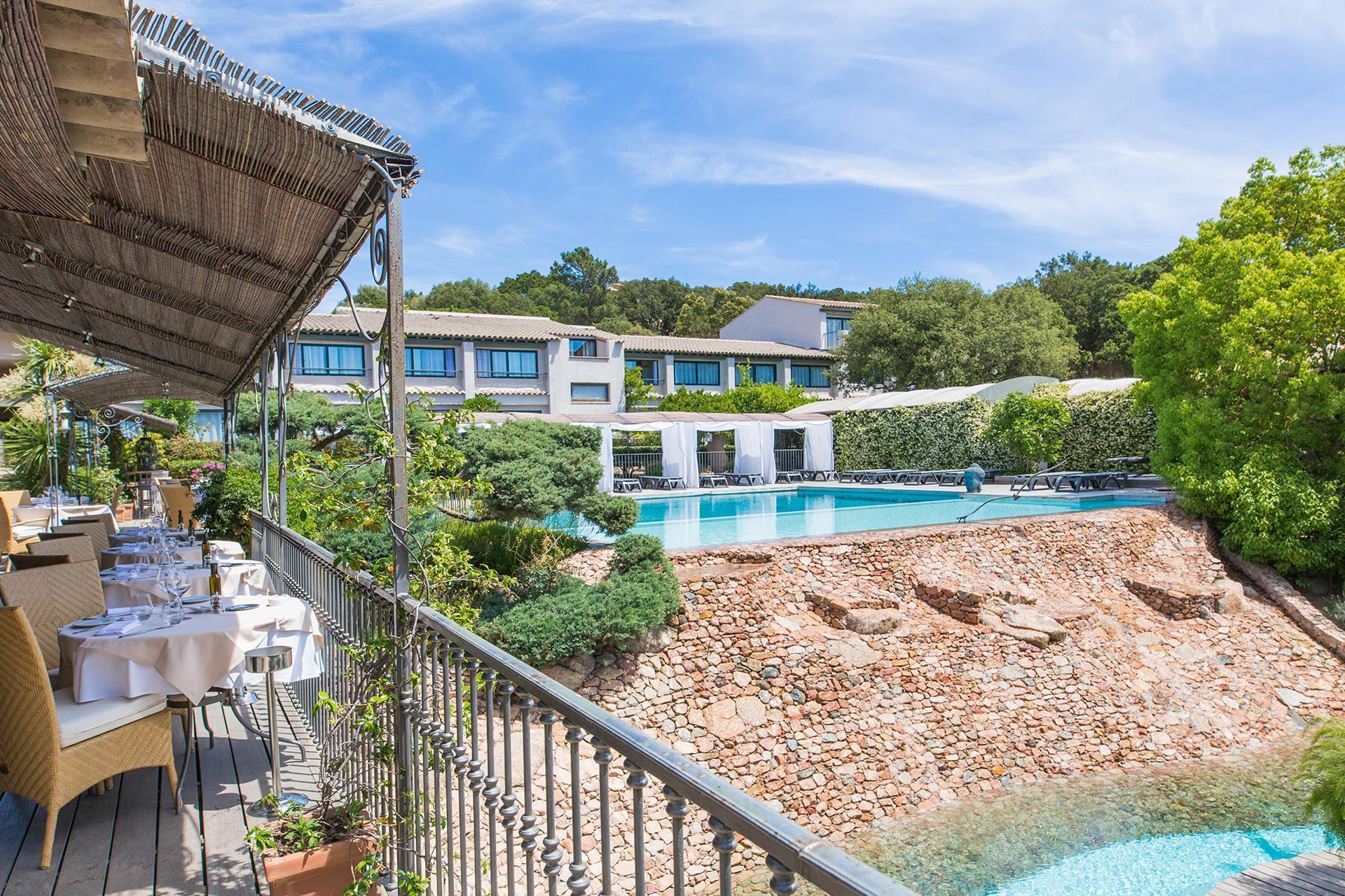 hotel-roi-theodore-et-spa-porto-vecchio-seminaires-de-caractere-restaurant (3)