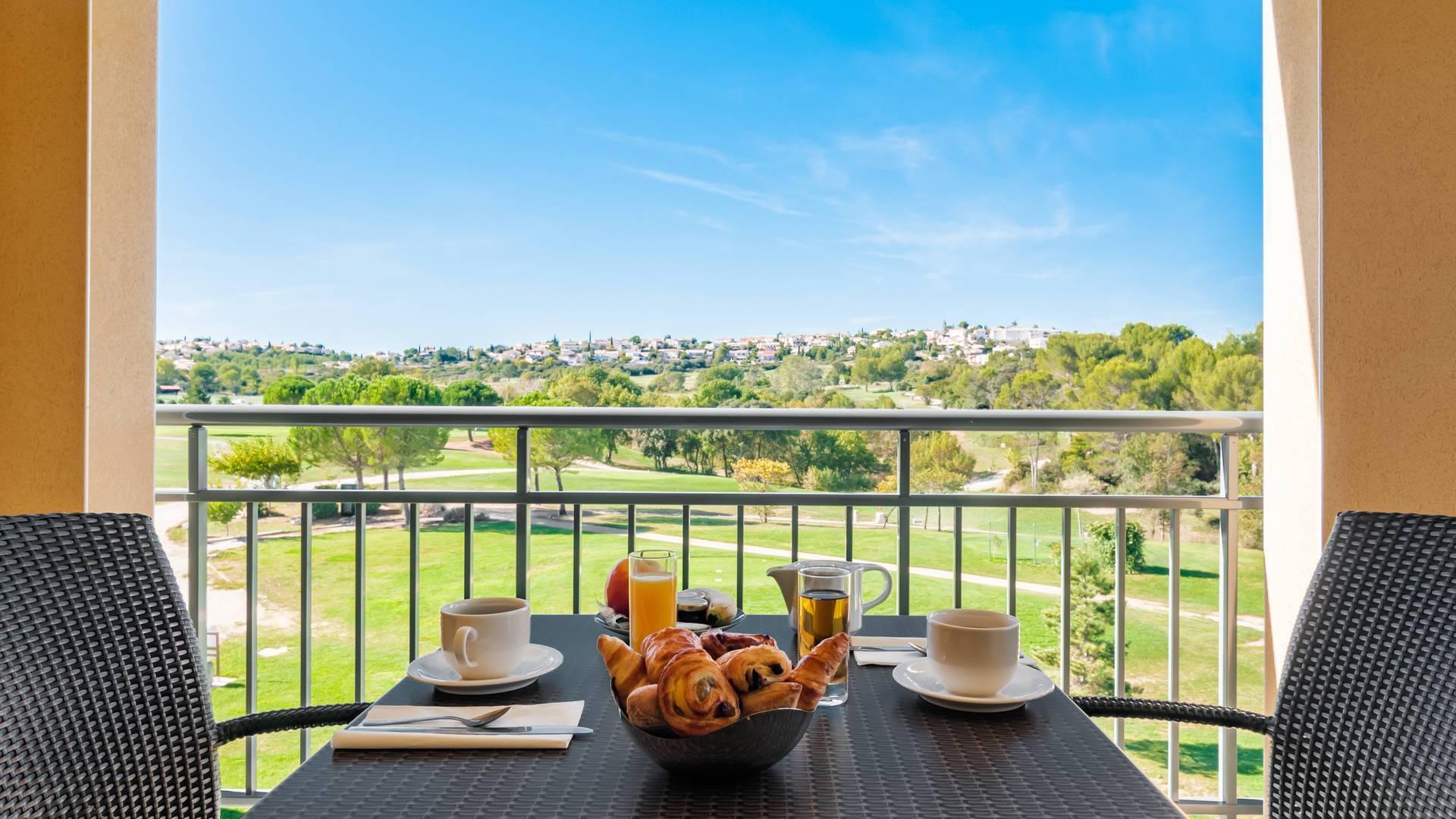 hotel-spa-de-fontcaude-juvignac-montpellier-occitanie-chambre-avec-vue