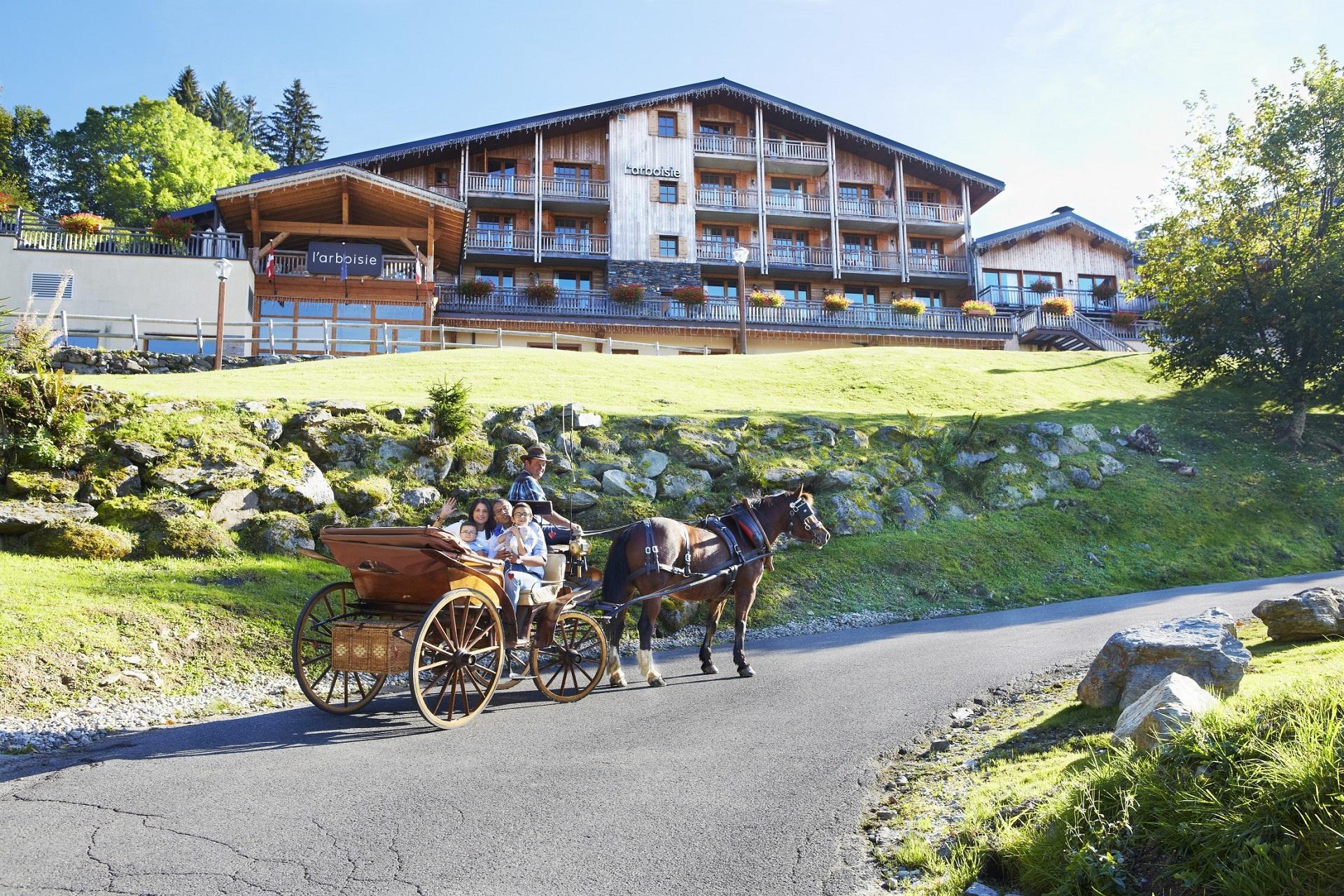 l'arboisie-megeve-incentive-ski-montagne-alpes-facade-101 seminaires-de-caractere