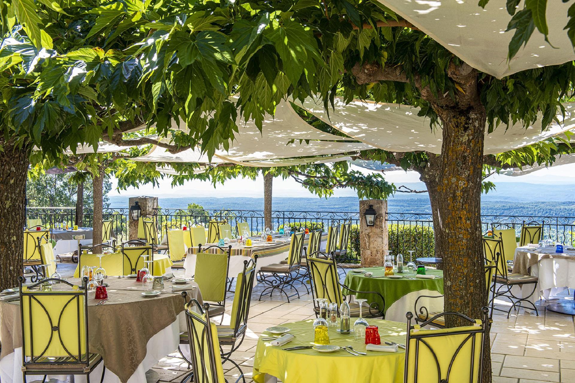 la-bastide-de-tourtour-sud-provence-var-terrasse-360-seminaires-de-caractere