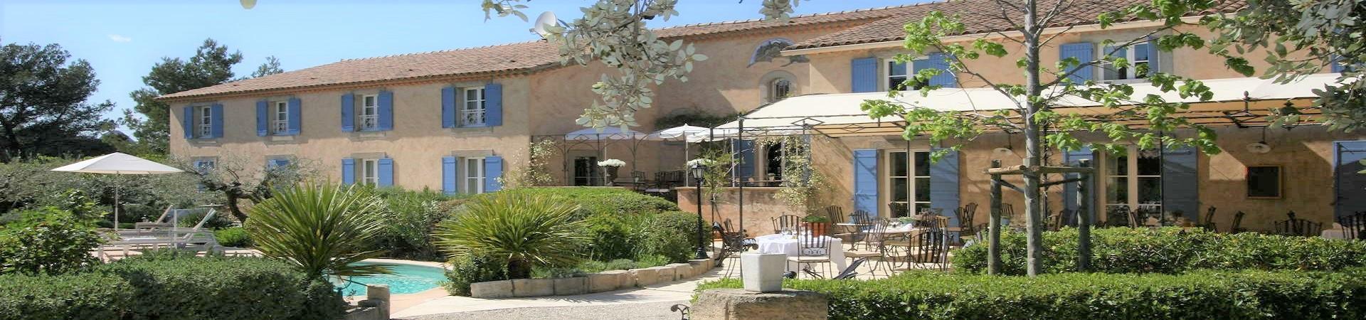 la-bastide-eygalieres-alpilles-provence-sud-seminaires-facade
