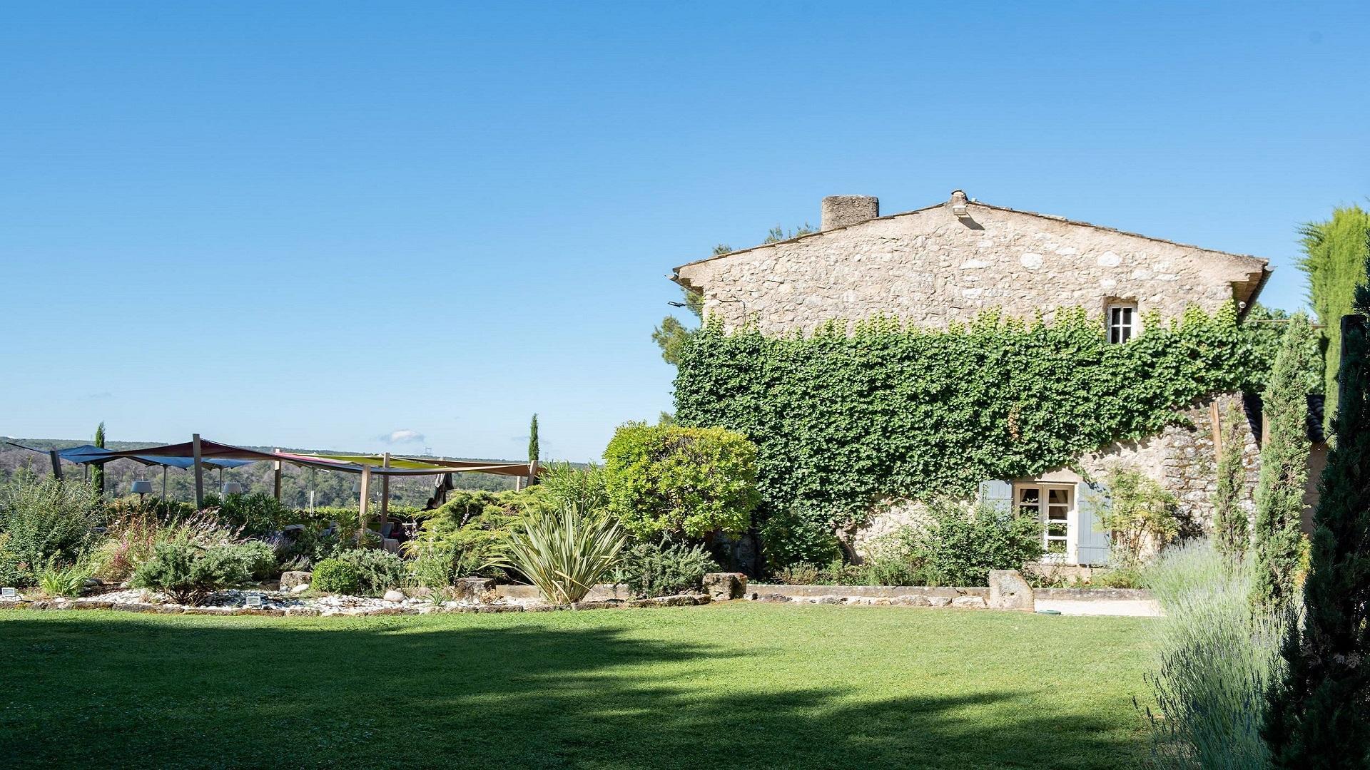 le-mas-de-fauchon-aix-en-provence-luberon-jardins-seminaires-de-caractere