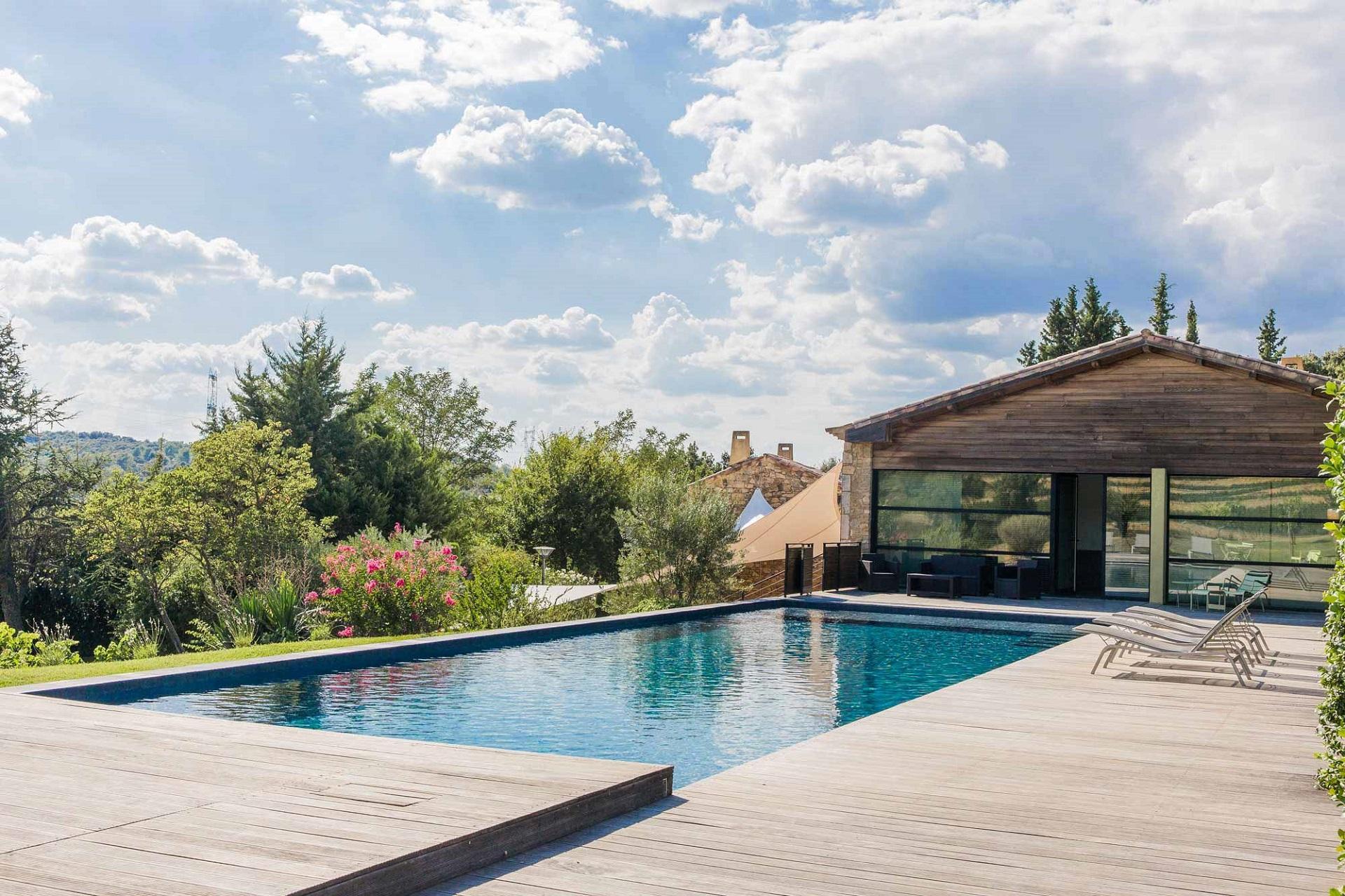 le-mas-de-so-gard-provence-incentive-seminaires-piscine