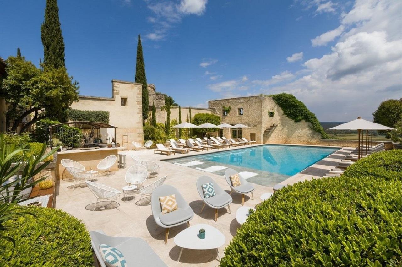 le-vieux-castillon-gard-provence-nimes-plage-seminaires-de-caractere