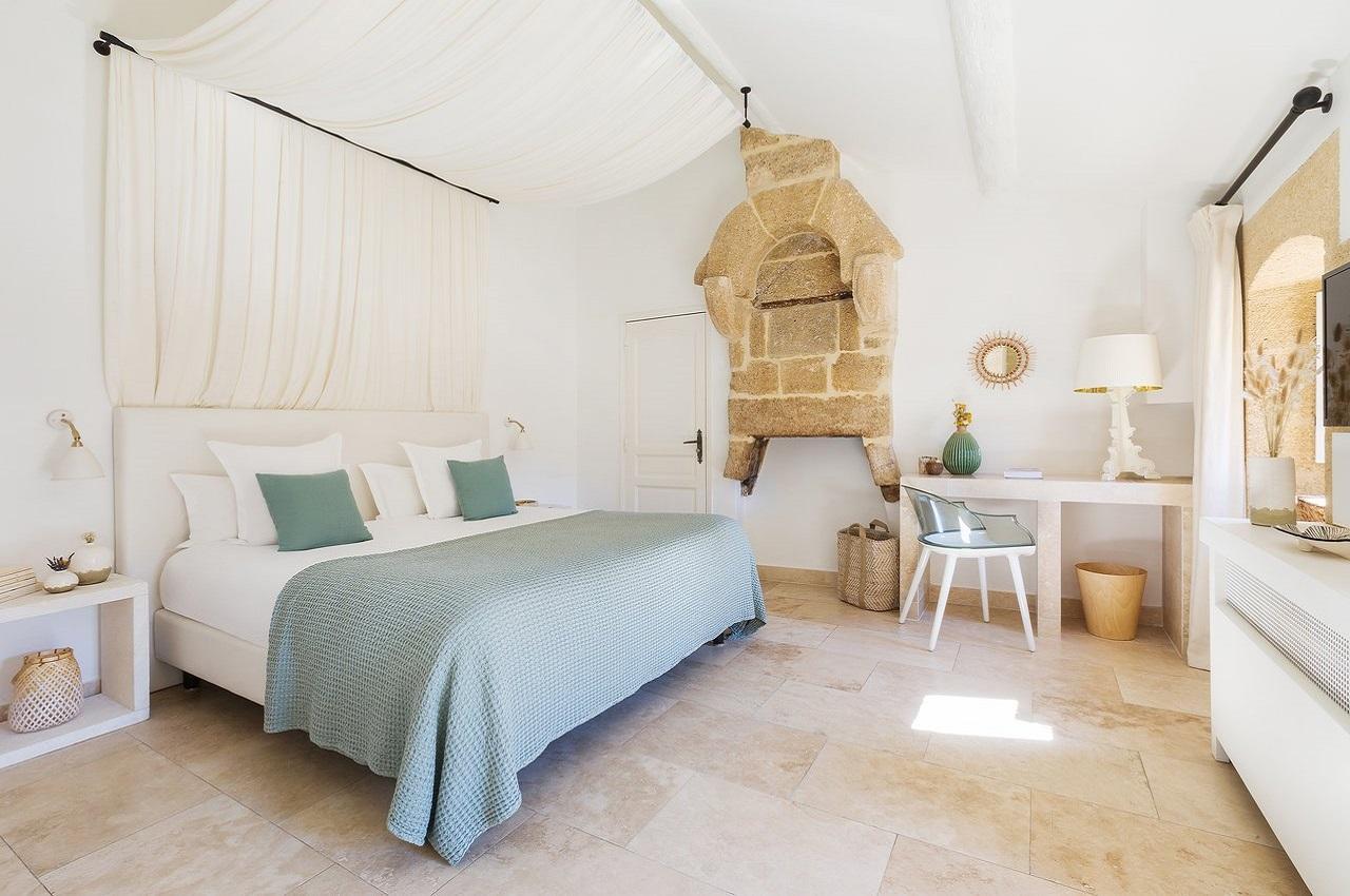 le-vieux-castillon-gard-provence-nuit-chambre-seminaires-de-caractere
