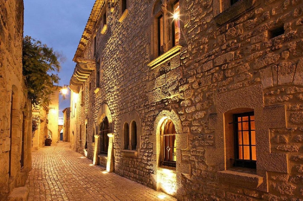 le-vieux-castillon-gard-provence-nuit-piscine-seminaires-de-caractere