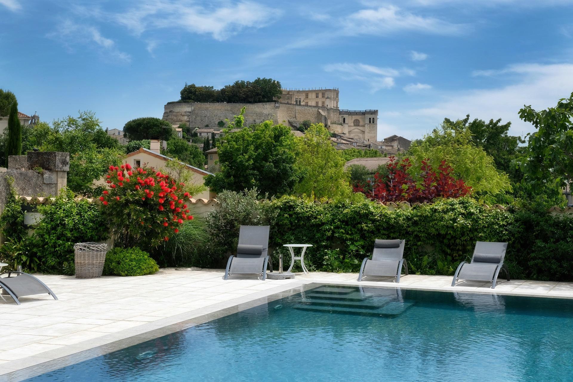 les-maisons-du-clair-de-la-plume-grignan-drome-provencale-piscine..jpg