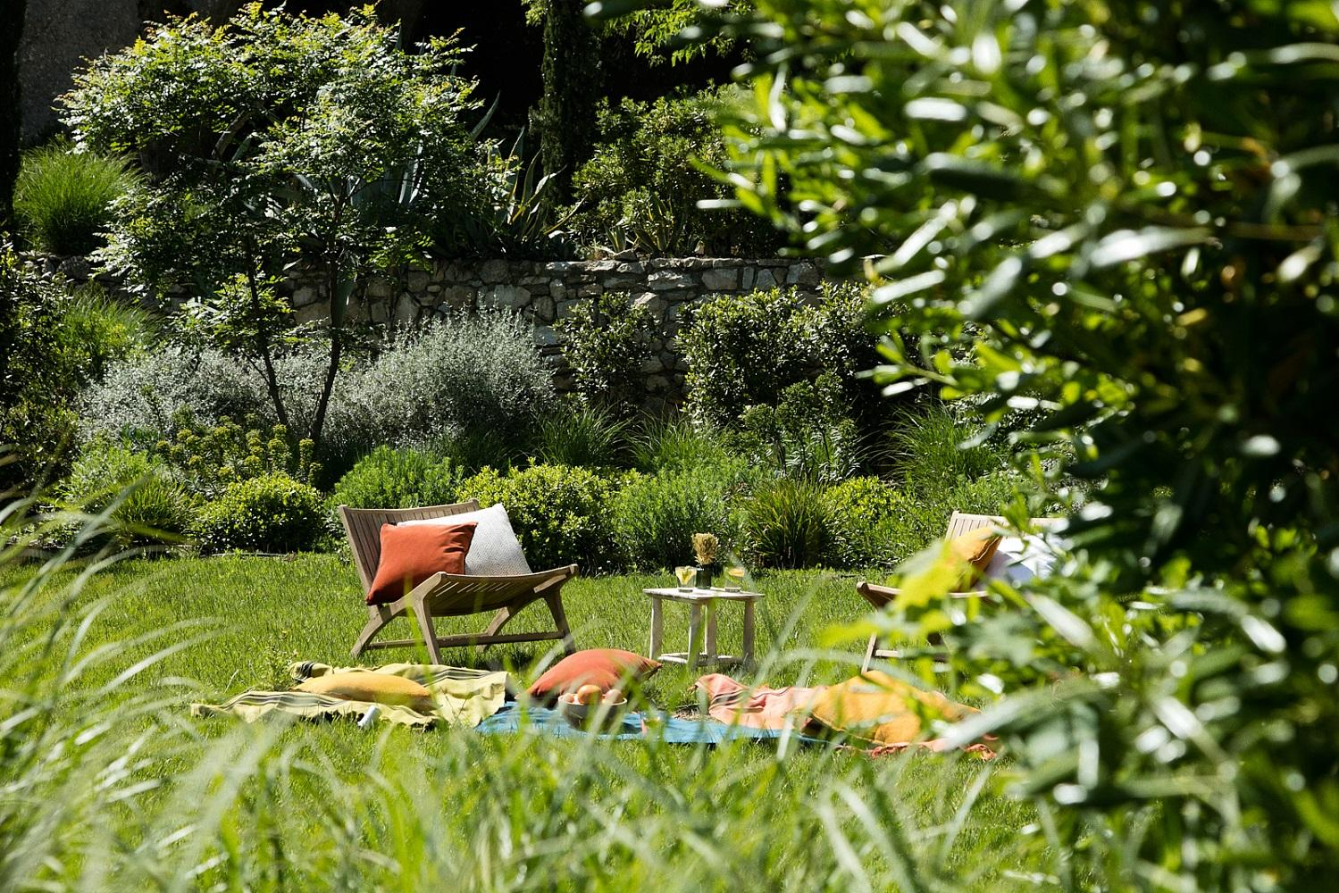 letoile-des-baux-iconic-house-baux-de-provence-alpilles-jardins-seminaires-de-caractere