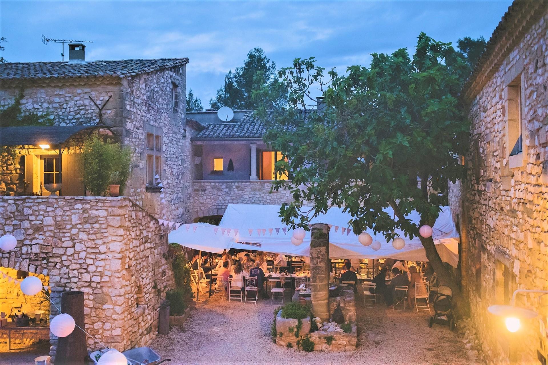 mas-de-rey-uzes-gard-provence-occitanie-diner-seminaires-de-caractere