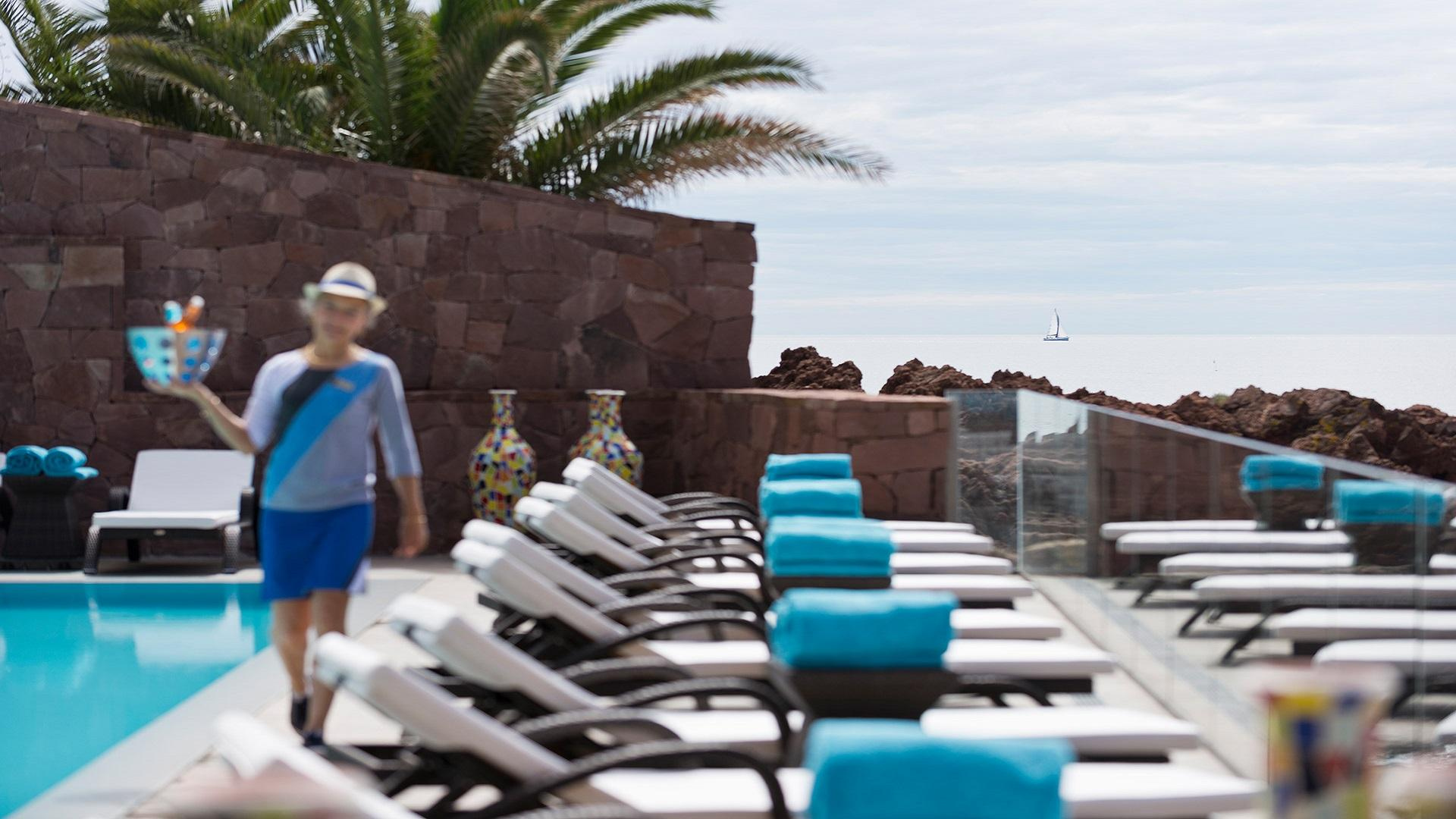 tiara-miramar-beach-hotel-spa-cote-d-azur-cannes-sud-seminaires-de-caractere