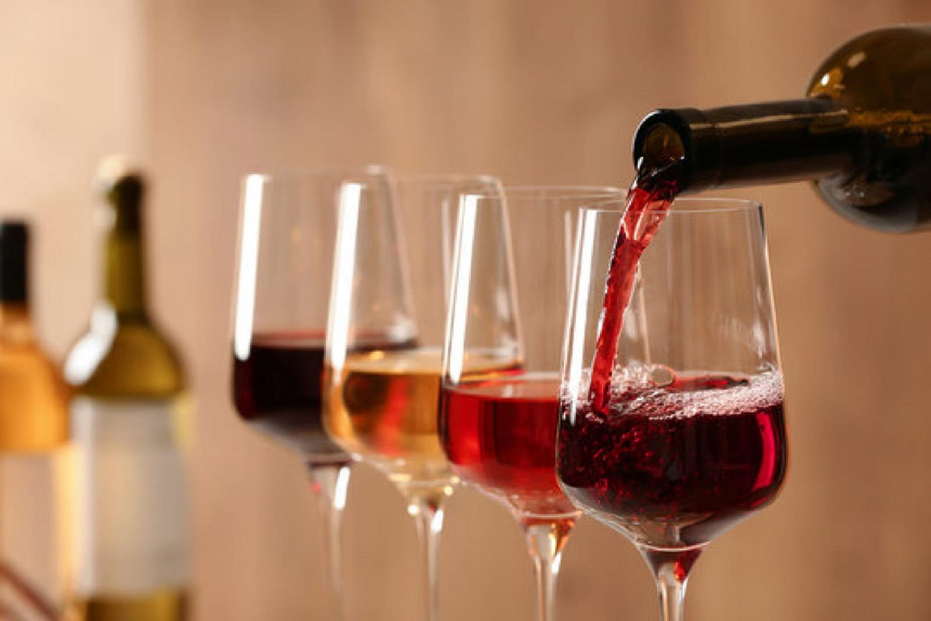 wine-school-by-fabrice-sommier-oenologie-flacons-macon-beaujolais