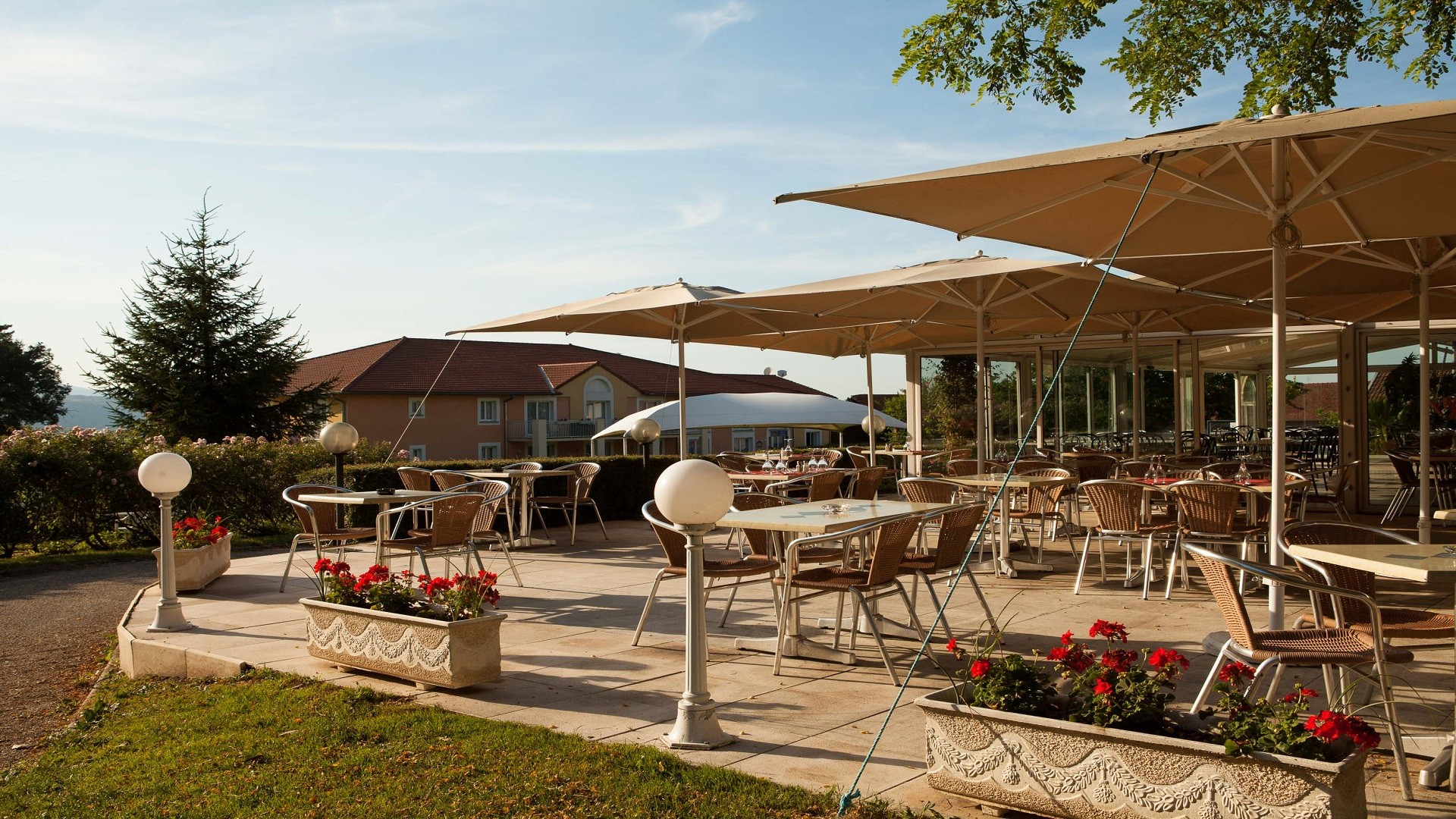 Domaine-golf-albon-senaud-vienne-valence-resort-seminaires-de-caractere