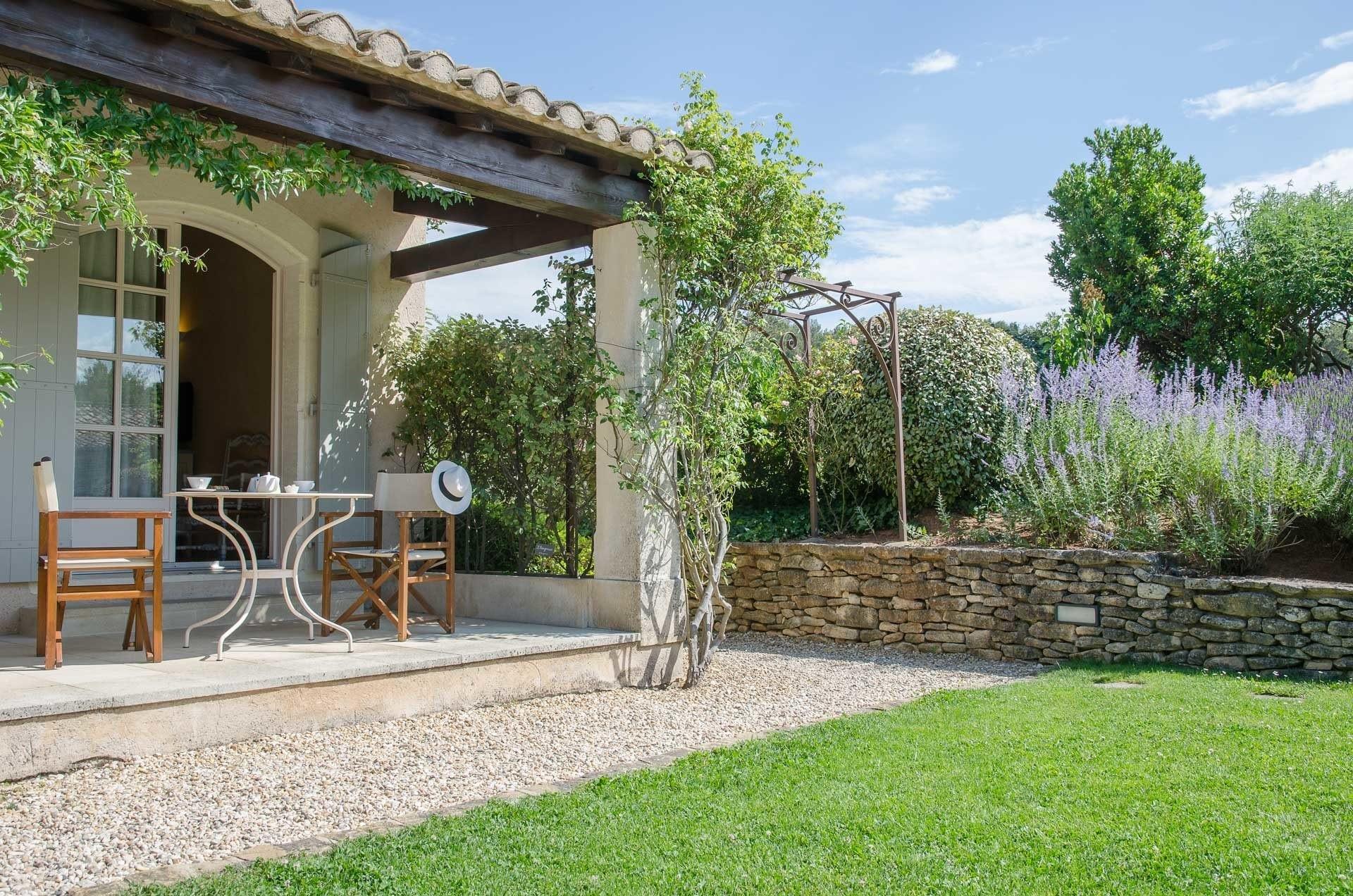 Mas-de-l'oulivie-Les-Baux -de-Provence-avignon-saint-remy-alpilles-charme