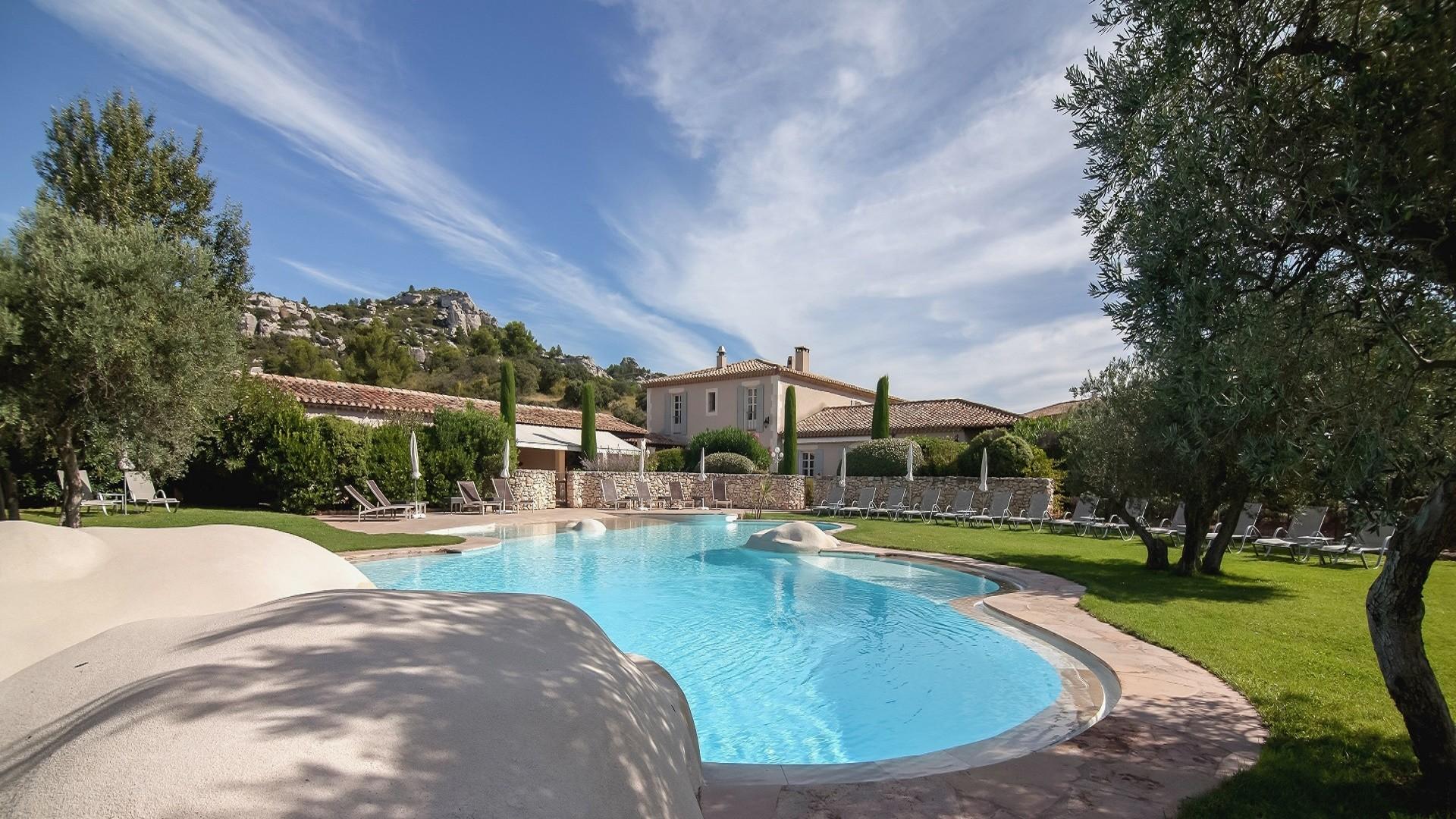 Mas-de-l'oulivie-Les-Baux -de-Provence-avignon-saint-remy-alpilles-incentive