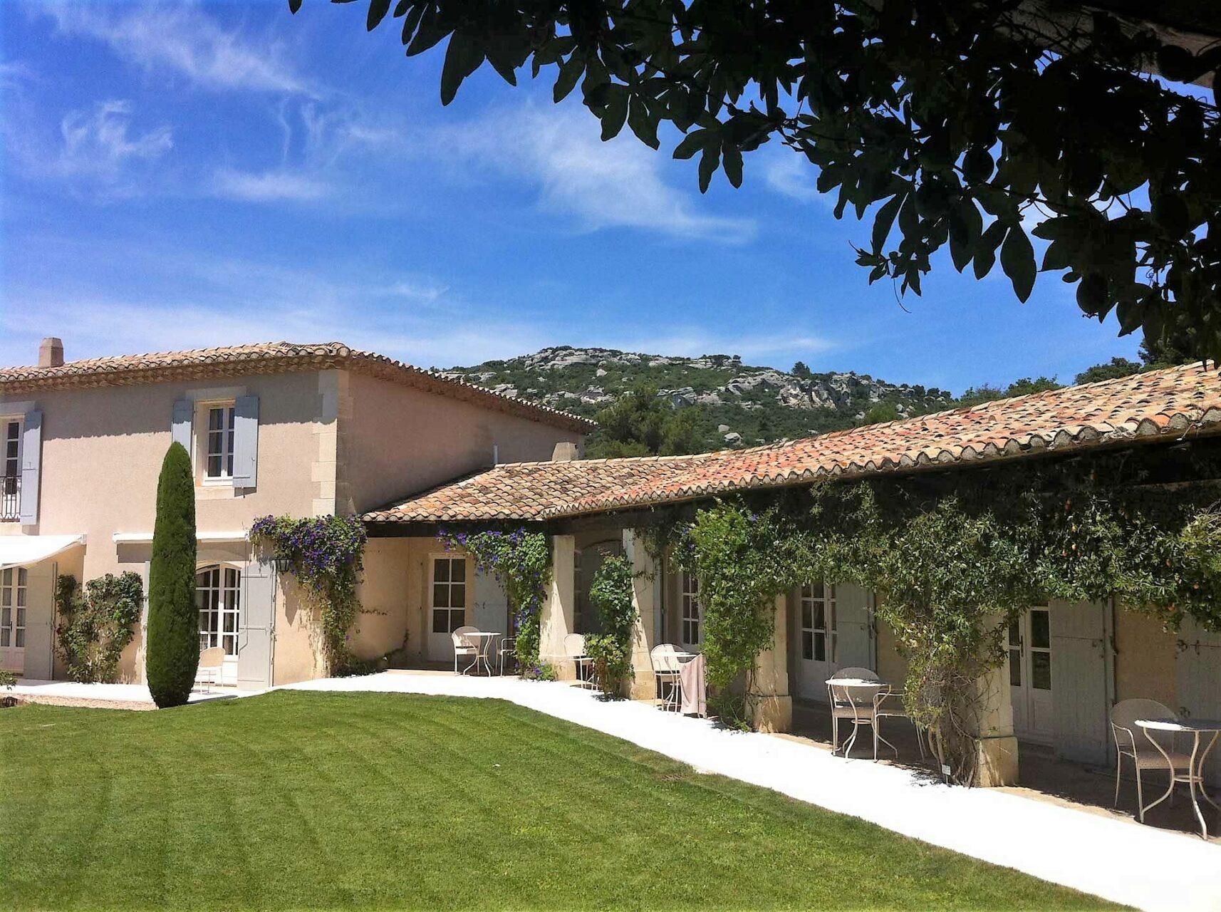 Mas-de-l'oulivie-Les-Baux -de-Provence-avignon-saint-remy-alpilles-jardins