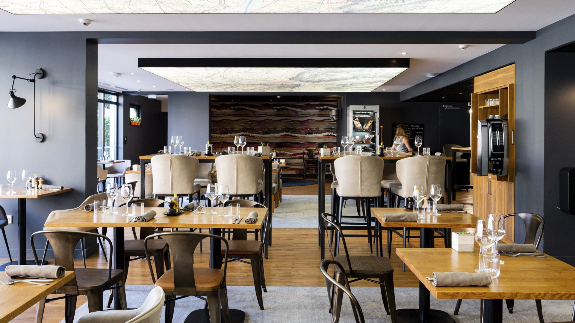 fac-et-spera-chapoutier-tain-lhermitage-drome-seminaires-de-caractere-restaurant