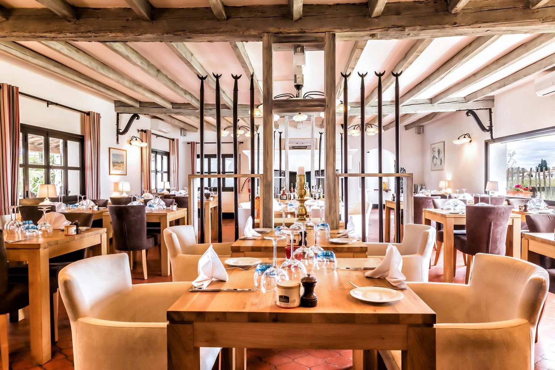 auberge-cavaliere-du-pont-des-bannes-restaurant