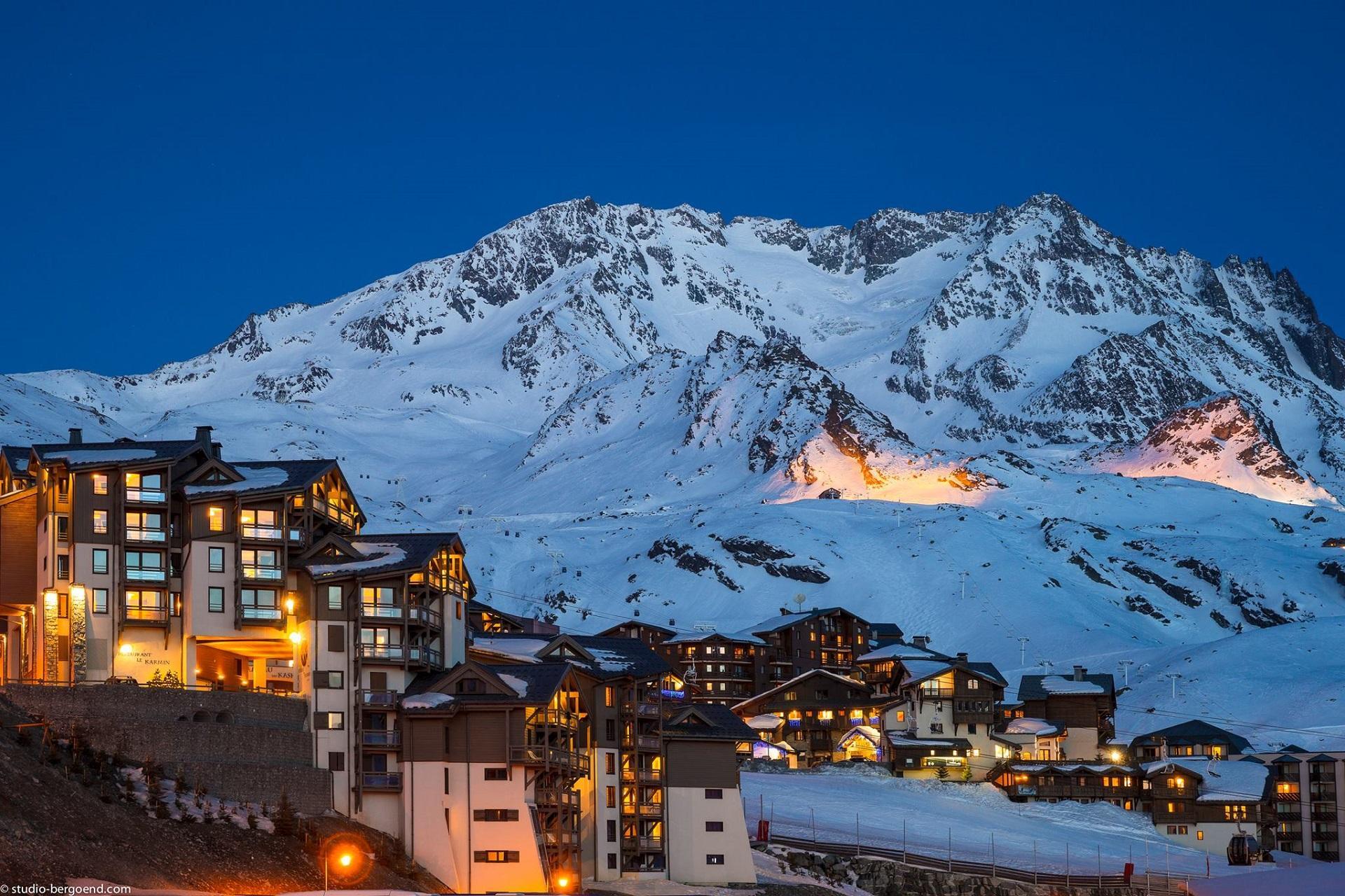 le-hameau-du-kashmir-val-thorens-montagnettes-ski-neige-nuit